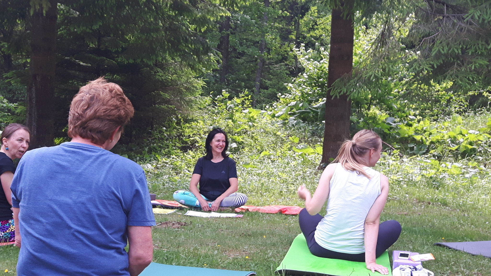 hormonalna-joga-kurzy-lektorka-jana-sramkova