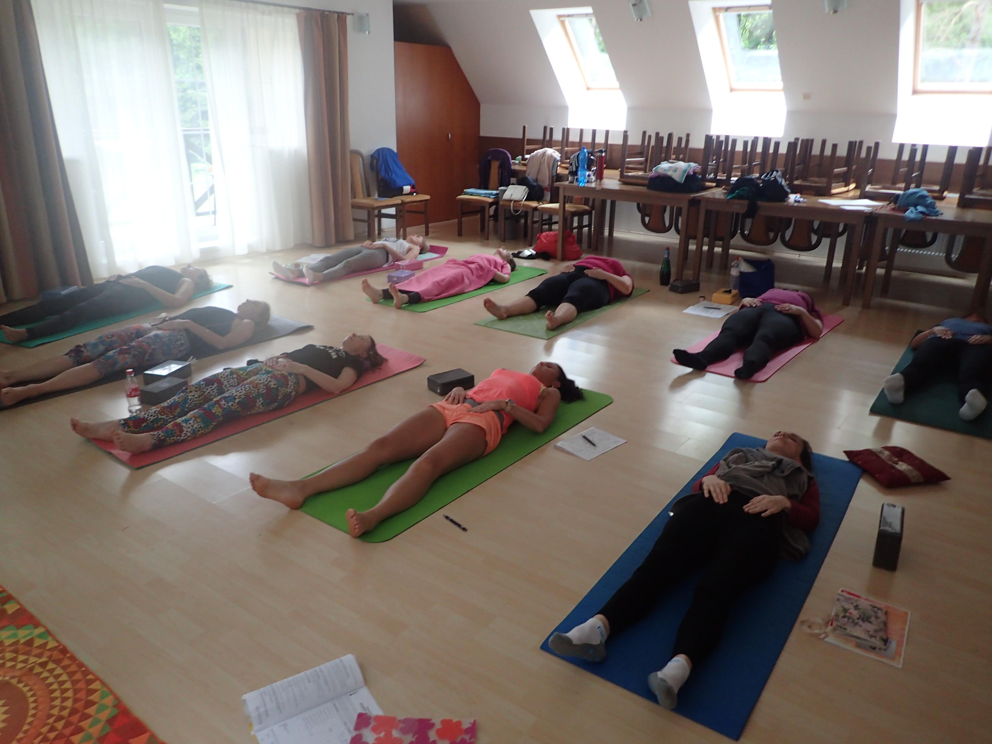 hormonalna-joga-kurzy-jana-sramkova