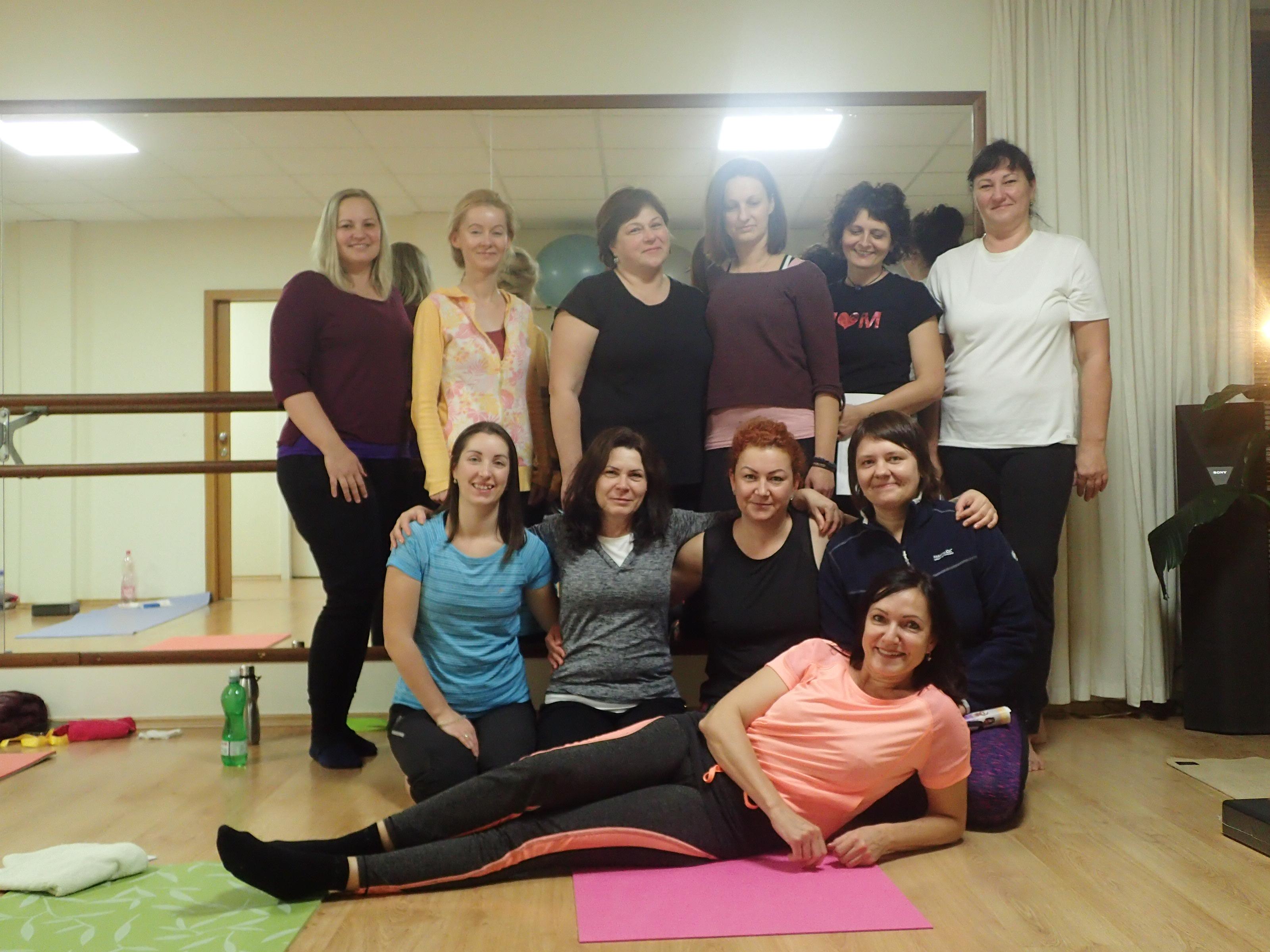 Hormonalna jogova terapia pre ženy podľa Dinah Rodrigues, lektroka Jana Sramkova